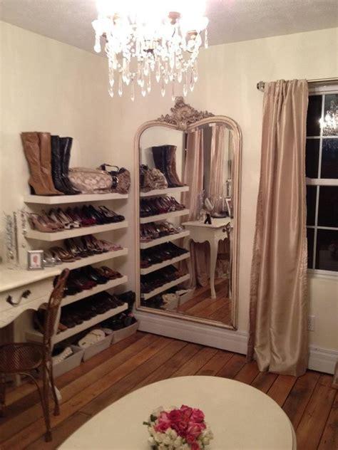 spare bedroom closet make a small spare room a closet for the home pinterest