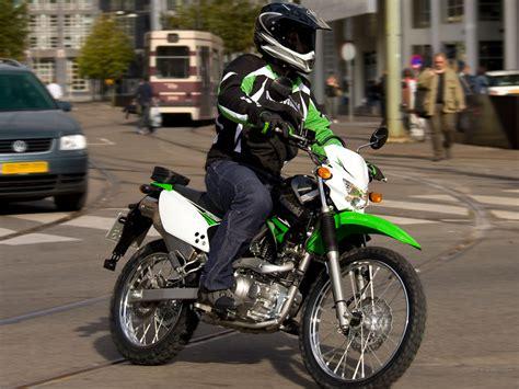 ab wann darf moped fahren hei ich wollte fragen wann ich mir einen moped
