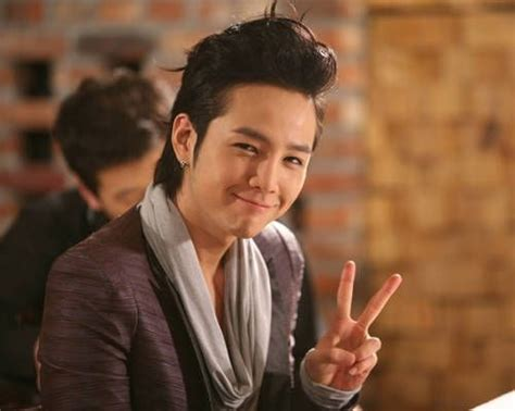 film drama korea he is beautiful jang geun suk s full page ad wins an award from the