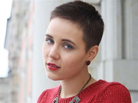 Cool Very Short Hairstyles For Young Women   Medium Hair Styles Ideas   35013