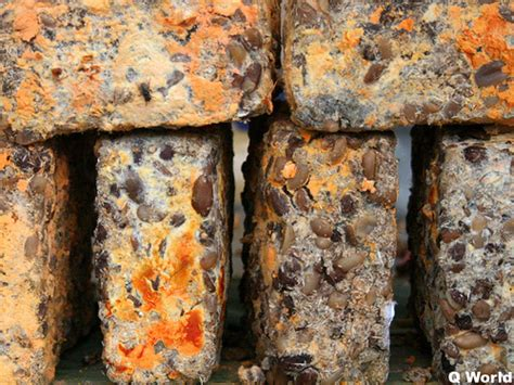 Bungkil Kacang Kedelai cara membuat oncom distributor bahan pakan ternak