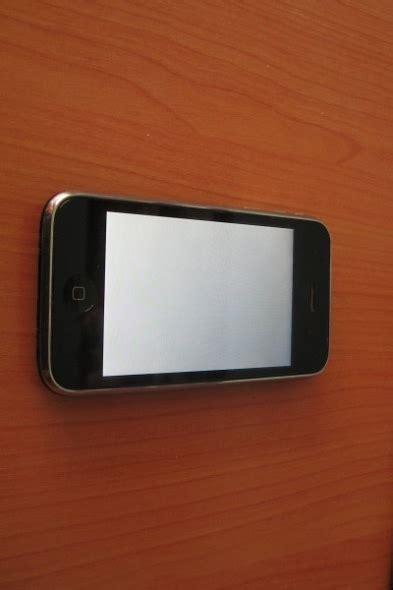 iphone bagnato non si accende riparazione iphone 14 consigli per aggiustarlo da e