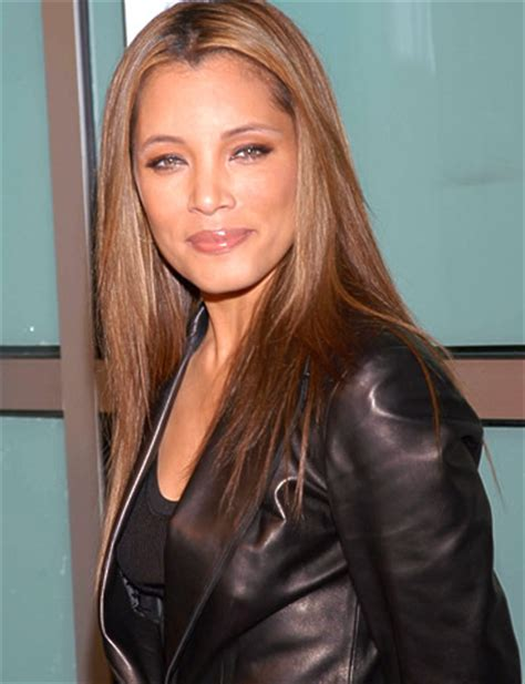 hairstyles tool kits michael michele adds fashion designer to