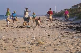 Clean up litter beach cleanup kids encyclopedia children s