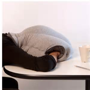 Nap Desk Desk Nap Pillow Workingmomsneed High Voltage Pinterest