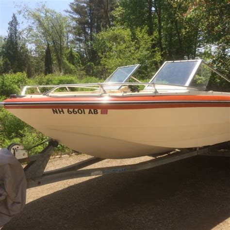 glastron boats nh glastron bowrider with mercruiser 6 cylinder and trailer