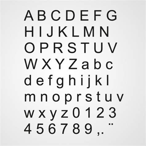 College Met Kleine Letter Of Hoofdletter Alfabet Stickers En Sjablonen Voor Op De Muur