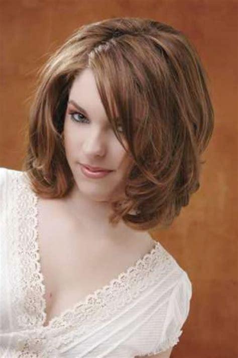 medium hairstyles for thick hair medium hairstyles for thick hair women2 hair stuff medium length layered