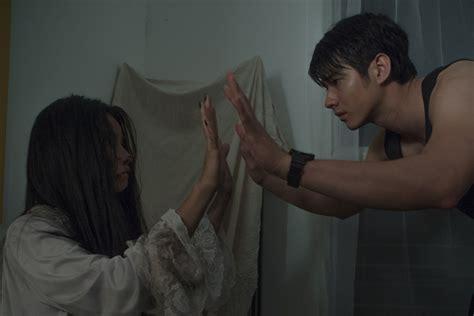 film horor mario maurer take me home ada horor dalam sisi lain rumah dan keluarga