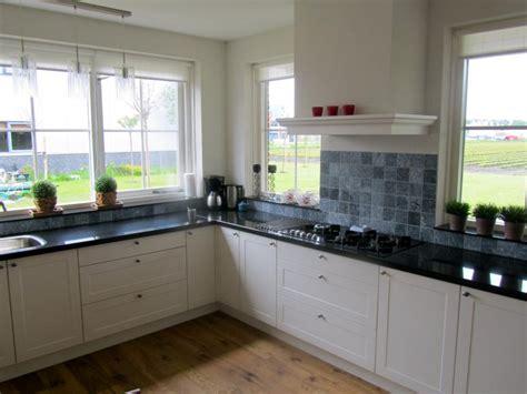 keukens dronten badkamer keuken sanitair kranen vloerverwarming