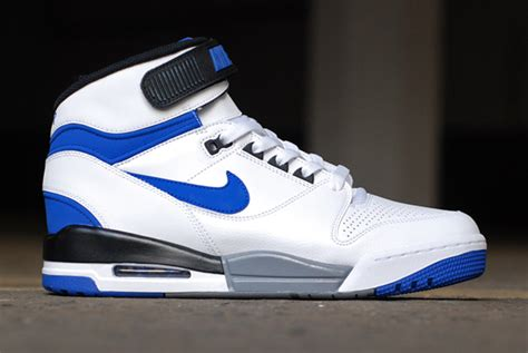 Nike Air Revolitions 373753839 nike air revolution retro og colorways new images sole collector