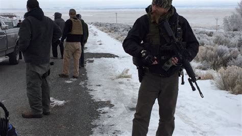 Cctv Oregon armed security detail visits oregon refuge occupation kvii