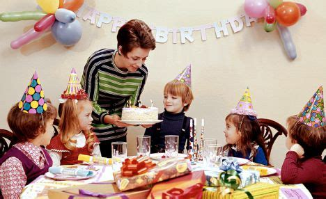 birthday decorations ideas at home pricelistbiz best 10 birthday a short story about kiddie wee or not psiakisterri