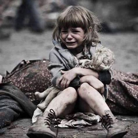 Child In The War nothing with this image but it s plain to see a