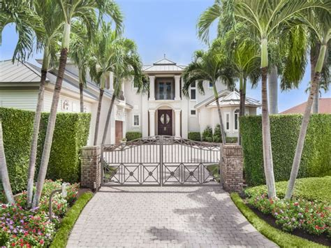 nba great larry bird selling naples home