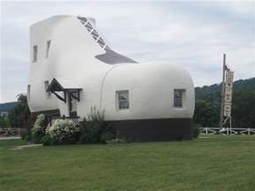 photo friday world s largest shoe house hellam pa go
