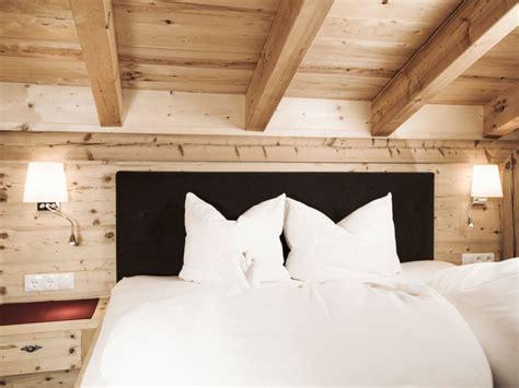 altholz schlafzimmer quot schlafzimmer mit altholz eingerichtet quot bauernhof