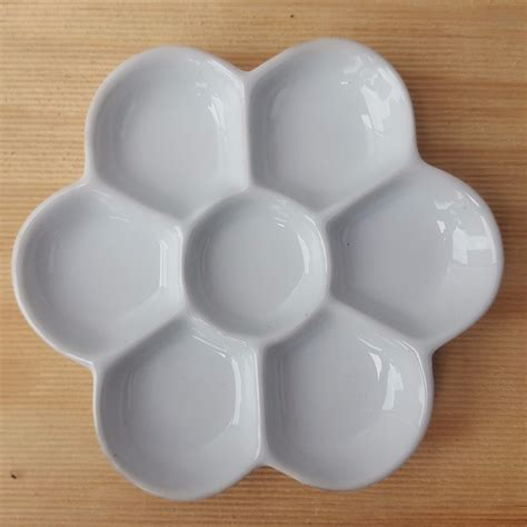 Mixing Palette 5 Shape 7 well flower shaped porcleain watercolour mixing palette