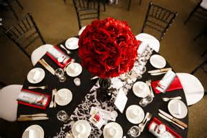 Matthew amp sarah s red black and white wedding wedding favors unlimited bridal planning