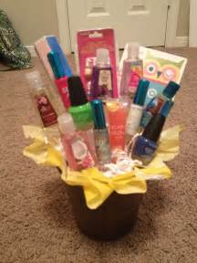 Giftbasket Com Birthday Present I Put Together For 13 Year Old Good Ideas Crafty Giving Event