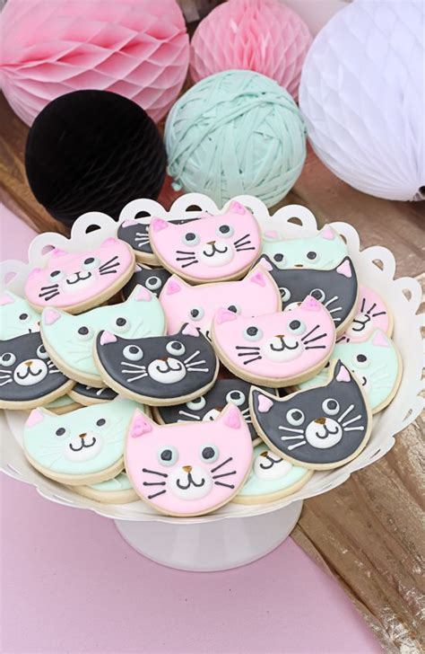 kitty themed birthday party best 25 cat party ideas on pinterest
