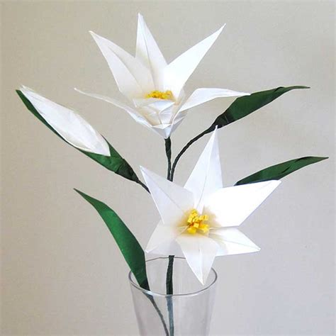 Origami Lilies - easter origami flower with flower bud graceincrease