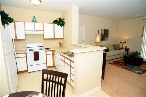 2 bedroom apartments in bloomington il gallery brookridge heights apartments apartments in