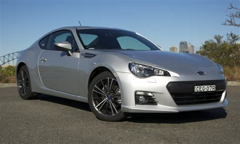 brz toyota toyota 86 vs subaru brz comparison review photos caradvice