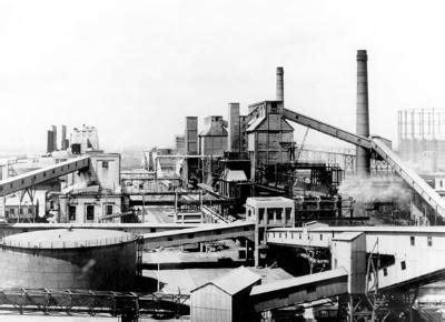 beckton gas works, c. 1950. trades, industries and