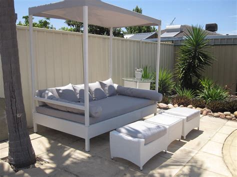 outdoor patio bed white kuta day bed with canopy urbani furniture