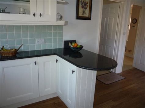 ashmore kitchens southampton  reviews kitchen fitter
