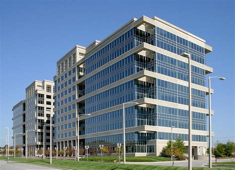 overland park s corporate woods for sale expected to draw