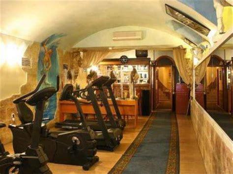 hotel swing budapest hotel swing city budapest magyarorsz 225 g a legolcs 243 bban