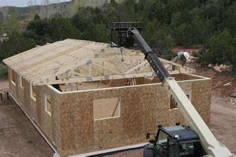 Installing Hip Roof Trusses how to install trusses better