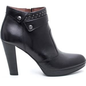 nero giardini catalogo autunno inverno 2014 stivaletto nero giardini scarpe autunno inverno 2015