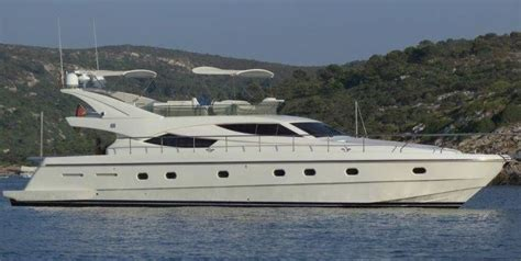 Yacht Tv Lackieren by 2002 Ferretti Yachts 620 Power Boat For Sale Www