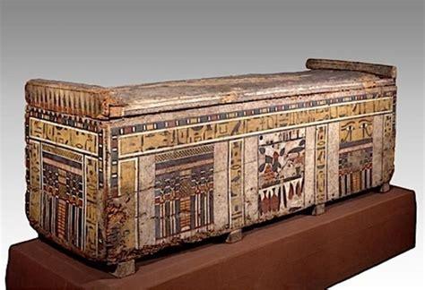 bologna by testo sarcofago a cassa a nome di irinimenpu collezioni