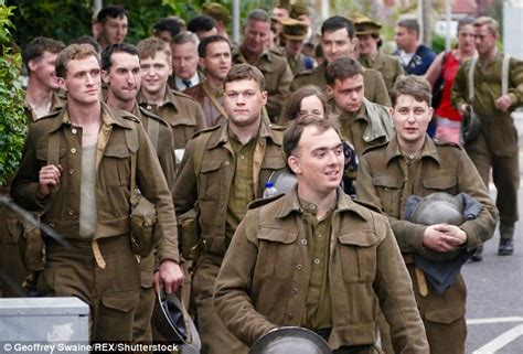 code film dunkirk harry styles looks the part in army fatigues for