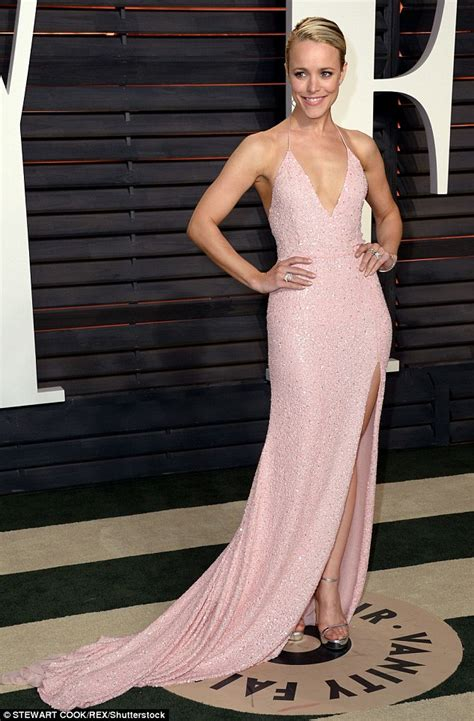 Mcadams Vanity Fair Oscar Mcadams Changes Into Chest Baring Pink Gown At