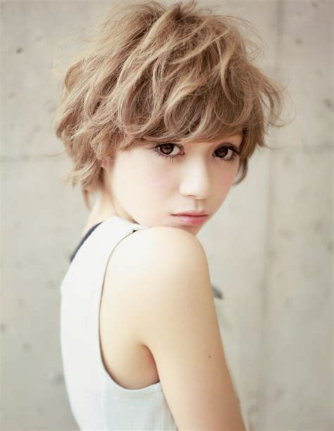 häuser in japan hair記事 みんなとはひと味ちがうショートボブ 2013 夏 ヘアスタイル 美容室afloat xel ha