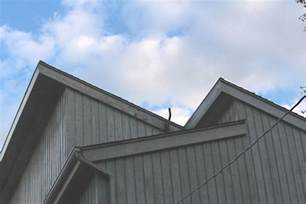 Asphalt Shed Roof by How Should The Top Edge Of An Asphalt Shed Type