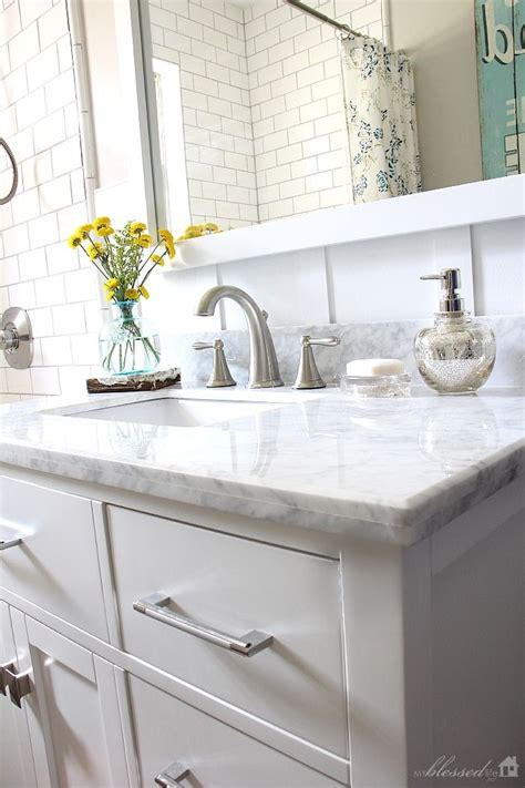 design house cottage vanity best 25 cottage style bathrooms ideas on pinterest small cottage bathrooms small cottage