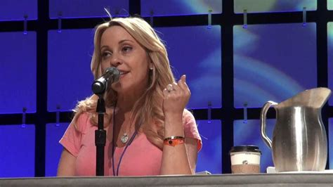 tara strong singing tara strong pane hd phoenix comicon with lots of cute and