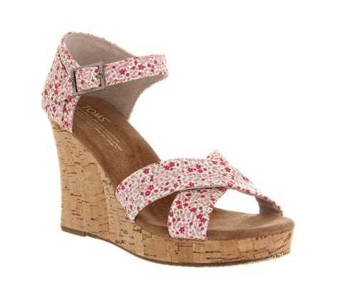 high heeled toms toms strappy wedge ditsy floral berry high heels
