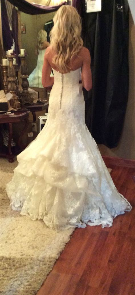 Best 25  Wedding dress bustle ideas on Pinterest