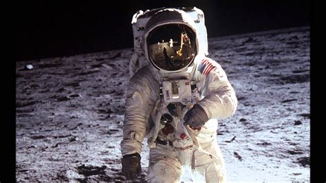 neil armstrong biography youtube biography brief neil armstrong youtube