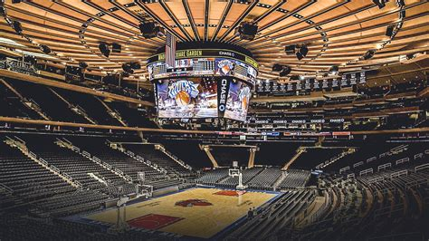 knicks news fluctuation  madison square garden ownership