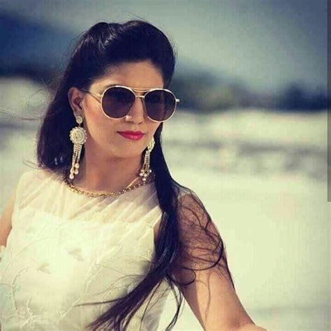 sapna choudhary in sapna choudhary biography age height weight profession