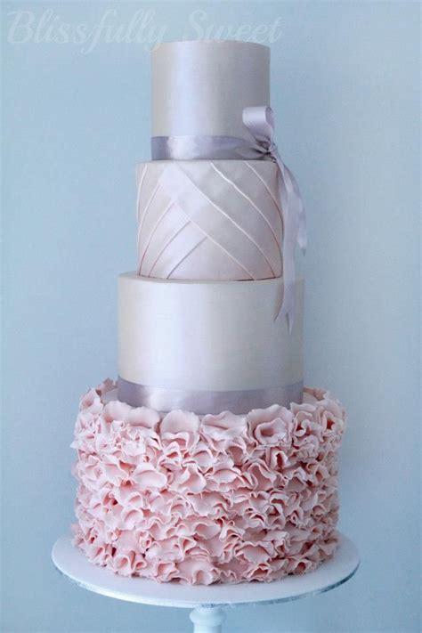 Pink and silver wedding cake   idea in 2017   Bella wedding