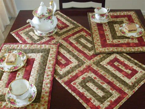 Patchwork Table Runner Pattern - table runner pattern on quilted table runners